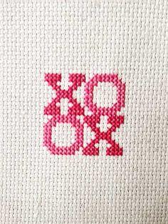 XOXO Valentine's Day Cross-stitch