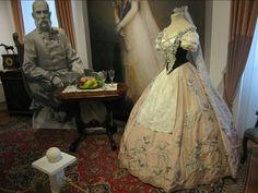Sisi's Hungarian dress!!!