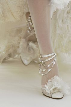 chanel Spring 2006 haute couture so Marie! Bridal Shoes, Wedding Shoes, Chanel Wedding, Christian Louboutin, Louboutin Shoes, Chanel Couture, Couture Shoes, Chanel Runway, Chanel Shoes
