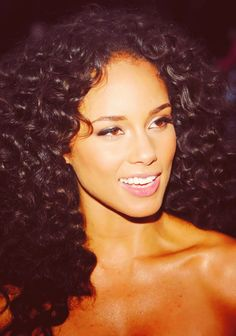 Alicia Keys...stunning