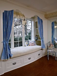 Traditional Bedroom Teenage Girl Room Design, Pictures, Remodel, Decor and Ideas - page 2