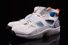 free shipping 5593d d43b2 nike-air-trainer-huarache-qs-superbowl-6 Cheap Nike Roshe