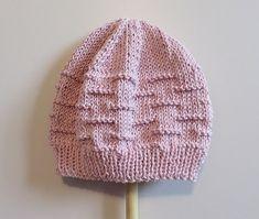 92 meilleures images du tableau Bonnets en 2019   Knitted hats ... 2d709ffe4ab