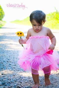 Cute Baby Girl Photos, Girls Dresses, Flower Girl Dresses, Cute Babies, Tulle, Wedding Dresses, Skirts, Fashion, Dresses Of Girls