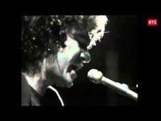 ▶ ROBERT CHARLEBOIS - Ordinaire - live (1973) + PAROLES - YouTube Robert Charlebois, Jukebox, Live, Youtube, Lyrics, Music, Youtubers, Youtube Movies