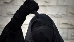 Le contrôle d'une femme en niqab tourne mal : «ne parle pas à ces sales chiens !» | Valeurs actuelles