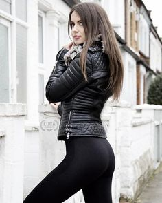 Faux Leather Biker Jacket Outfit With Leggings - Fashion Black Women Fashion, Latest Fashion For Women, Womens Fashion, Mode Des Leggings, Leggings Sale, Cheap Leggings, Poses Modelo, Biker Jacket Outfit, Black Leather Motorcycle Jacket