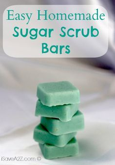 Homemade Sugar Scrub Bars Count me in for any craft where melt and pour soap is involved!Count me in for any craft where melt and pour soap is involved! Sugar Scrub Homemade, Sugar Scrub Recipe, Sugar Scrub Cubes, Diy Scrub, Diy Spa, Lotion Bars, Hygiene, Homemade Beauty Products, Soap Recipes