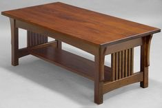 Mission style coffee table is one of the many kinds of the coffee table. This table is quite common. Coffee Table Plans, Coffee Table Furniture, Coffe Table, Dining Table, Arts And Crafts For Teens, Art And Craft Videos, Mission Furniture, Craftsman Furniture, Office Furniture