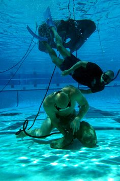 One of my FAVORITE things to practice! (Navy SEAL Underwater Knot Tying)