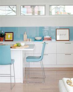 küchenrückwand aus glas - beste, glanzvolle glasarte | wohnen ... - Glas Küchenrückwand Fliesenspiegel