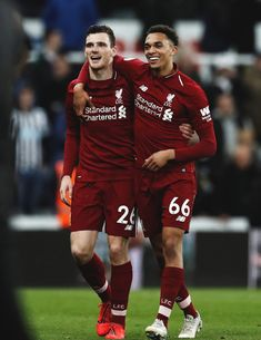 Trent and Robbo Liverpool Premier League, Liverpool Champions League, Liverpool Players, Fc Liverpool, Premier League Champions, Liverpool Football Club, Liverpool Memes, Liverpool Fc Wallpaper, Liverpool Wallpapers