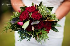 Weddings | Bouquet | Red Roses | Garden Roses | Sweethearts | Magnolia Leaves | Cedar Berries | Greenary | Valentine Bouquet | Winter Weddings | NC Florist | Bridgette Williams Photography | Desi's Floral Design