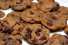 2¼ cup all-purpose flour1¼ teaspoons baking soda¼ teaspoon of salt2 sticks (1 cup) unsalted butter PLUS 1 EXTRA TBLSP.1¼ cup packed dark brown sugar¼ cup granulated sugar1 large egg plus 1 egg yolk1½ teaspoons vanilla extract¾ cup semi-sweet chocolate chips½ cup milk chocolate chips½ cup dark chocolate chipsCoarse sea salt for sprinkling InstructionsMelt butter in …