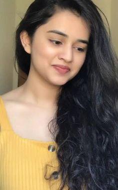Beautiful Girl In India, Beautiful Blonde Girl, Most Beautiful Faces, Beautiful Girl Photo, Beautiful Girl Quotes, Beautiful Lips, Beautiful Women, Cute Beauty, Beauty Full Girl