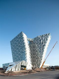 ArchDaily: 3XN Designed Bella Sky Hotel to be a New Landmark on Copenhagen Skyline
