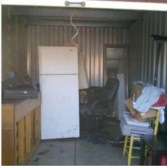 10x15. Unit is said to contain bench, household goods, and furniture. #StorageAuction in Jefferson (129). Ends  Feb 5, 2016 3:00PM America/Los_Angeles. Lien Sale.