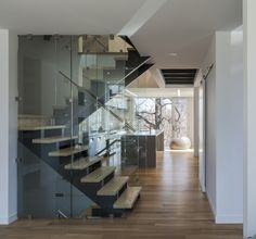 Location: Toronto, Ontario, Canada - Instar House is a minimalist three-storey wood & steel structure, which is located on the southern edge of Allenby, a neighbourhood on the border between North… Stairs Architecture, Interior Architecture, Interior Design, Beautiful Small Homes, Small House Exteriors, Storey Homes, Small House Design, Prefab Homes, Architect Design