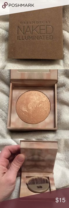 "Urban Decay Naked Illuminated A beautifully warm-toned, sparkly face powder by Urban Decay in their Naked line. The color is ""Aura"" and has been minimally used. It can be used on the face & body & gives skin a sparkly, enticing sheen. Urban Decay Makeup Bronzer"