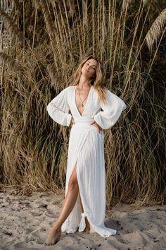 Style Hippie Chic, Style Boho, Look Boho, Gypsy Style, Women's Fashion Dresses, Boho Fashion, Dress Outfits, Photoshoot Dresses, Photoshoot Ideas