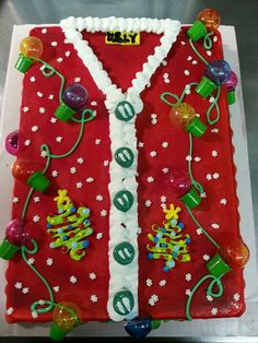 Ugly Christmas Sweater Cake - 16 Totally Unforgettable Ugly Sweater Party Ideas Here are 16 Totally Unforgettable Ugly Sweater Party Ideas that will literally make Santa cringe! Get ideas for outfits, decor, drinks and more! Tacky Christmas, Christmas Sweets, Noel Christmas, Christmas Goodies, All Things Christmas, Christmas Baking, Christmas Crafts, Christmas Cupcakes, Christmas Parties