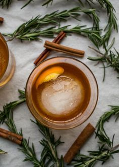 Cinnamon Rosemary Old Fashioned is a warming cocktail made with a honey-based simple syrup that is perfect for fall, winter, and any holiday festivity. Thanksgiving Cocktails, Christmas Cocktails, Holiday Cocktails, Cocktail Drinks, Cocktail Recipes, Drink Recipes, Christmas Recipes, Holiday Recipes, Warm Cocktails