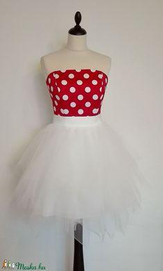 Piros pöttyös menyecske ruha (nicoledesign) - Meska.hu Formal Dresses, Wedding, Outfits, Fashion, Dresses For Formal, Valentines Day Weddings, Moda, Suits, Formal Gowns