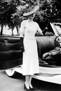 Hélène Arpels (née Ostrowska), wife of jeweler Louis Arpels - June 20, 1937 - Dress by Maggy Rouff - Hat by Carolina Reboux - Concours d'elegance custom automobile show.