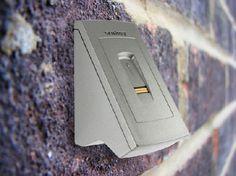 Homeplaza.de Fingerscanner als Türschloss-Ersatz beugt Einbrüchen vor
