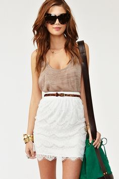 High wait lace skirt with beige singlet.