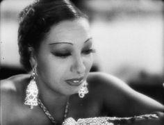Josephine Baker in Princesse Tam-Tam (1935).