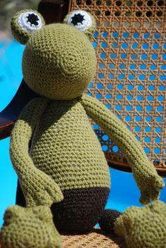 Crochet Frog Brittas Art & Crafts