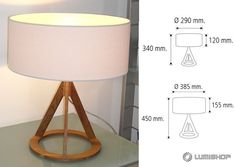 ODA - Lampara de mesa madera + pantalla blanca. Colores: Madera oscura - Madera clara. Medidas: H.Total 34cm Pantalla Ø29cm H:12cm / H.Total 45cm Pantalla Ø38.5cm H:15.5cm Tripod Lamp, Desk Lamp, Table Lamp, Light Fittings, Light Fixtures, Lamp Design, Lighting Design, Woodworking Lamp, Nautical Chart