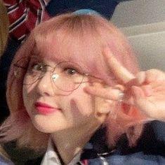 ☆ — eunha icons 𝗅𝗂𝗄𝖾 𝗈𝗋 𝗋𝖾𝖻𝗅𝗈𝗀. 𝖽𝗈𝗇'𝗍 𝗋𝖾𝗉𝗈𝗌𝗍. Kpop Aesthetic, Aesthetic Girl, Kpop Girl Groups, Kpop Girls, Korean Girl, Asian Girl, My Girl, Cool Girl, Best Kpop