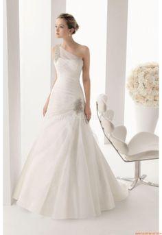 Elegant One Shoulder Ball Gown Court train Unique Wedding Dresses Rosa  Clara 156 Menta Two 2014 1c03a2ffc622