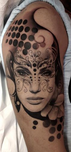 Tattoo by Matteo Pasqualin...spent get one like this but luv the detail