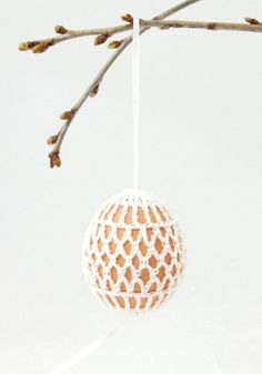 Pinteresting Projects: free crocheted egg holder from LVLY blog on LoveCrochet