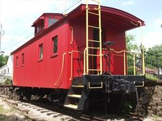 Louisville and Nashville wooden caboose - Madison, Indiana - Train Cabooses on Waymarking.com