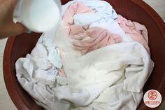 수건은 삶으면 안된다고? 수건 삶지 않고 쉰내 없애는 세탁법
