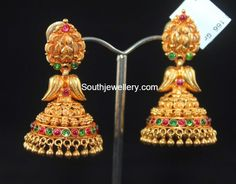 Antique Earrings latest jewelry designs - Page 5 of 57 - Indian Jewellery Designs Indian Jewellery Design, Latest Jewellery, Indian Jewelry, Jewelry Design, Gold Jhumka Earrings, Gold Earrings Designs, Antique Earrings, Gold Rings Jewelry, Bridal Jewelry