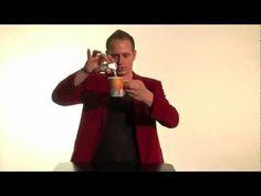 Goocheltruc water in ijs veranderen! (goochelen) - Leuke trucs deel 3 met Robin Matrix - YouTube