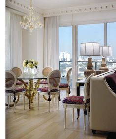 Miami Home & Decor - clean and chic