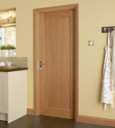 Howdens Joinery hardwood internal doors are available in a varied choice of glazed and panelled designs including Dordogne and 4 and 6 panel oak doors & This Westlock Oak internal hardwood door adds interest and works ...