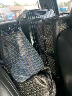 Goyard Luggage, Rimowa Luggage, Goyard Bag, Travel Chic, Travel Style, Boujee Lifestyle, Bad And Boujee, Preppy Girl, Old Money