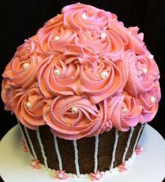 29 Best Big Size Cupcakes Images Big Cupcake Pound Cake Birthday