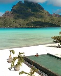 Tag a that would love to spend her honeymoon in Bora Bora! Bora Bora Honeymoon, Best Honeymoon, Caribbean Honeymoon, Royal Caribbean, Beautiful Places To Travel, Cool Places To Visit, Places To Go, Nature Adventure, Adventure Travel