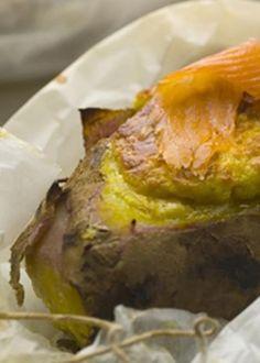 Batatas doces soufflés com salmão fumado e roquefort