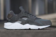 Nike Air Huarache Dark Grey Umber Brown