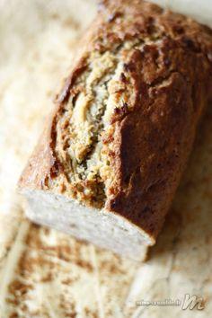 Un banana bread moelleux et parfumé à souhait. Un vrai bonheur pour le gouter. Et la solution pour utiliser des bananes ultra-mûres.