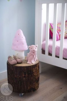 Rustic furniture lovers will be thrilled to find out how they could turn their bedrooms into some surprising ones, only using simple logs, be they in rough. #nursery #nurserydecor #nurseryart #nurseryideas #interiordesignideas inimal #design #designinspiration #interiordesign #interiordesignideas #babygirl #girlsroom